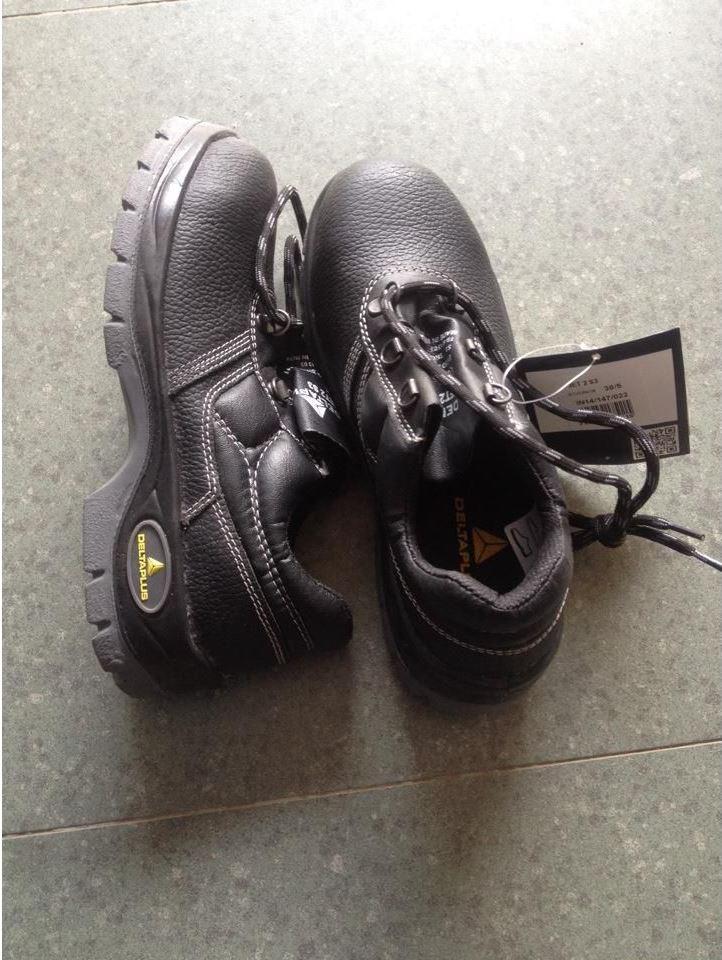Giày bảo hộ 2