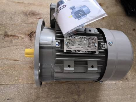 Motor điện 3