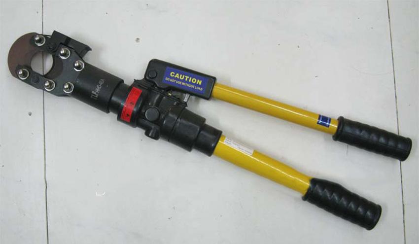 Kìm cắt cáp thủy lực tích hợp sẵn bơm thủy lực 1