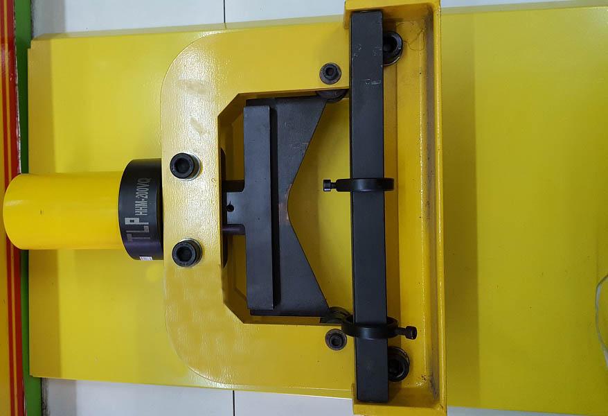 Máy cắt thanh cái thủy lực TLP 5