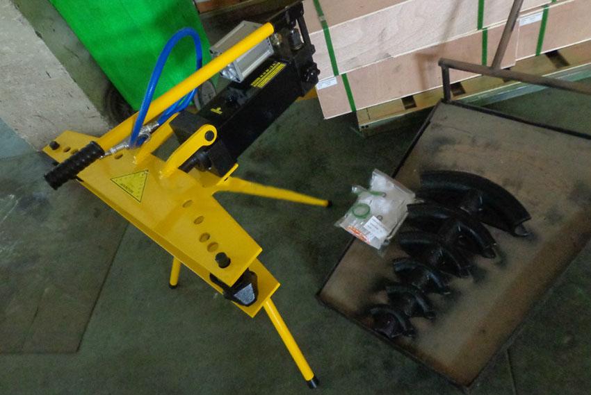 Máy uốn ống thủy lực bằng khí nén